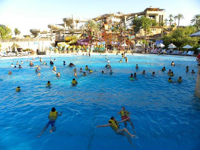 Отдых-с-детьми-в-ОАЭ-Wild-Wadi-аквапарк