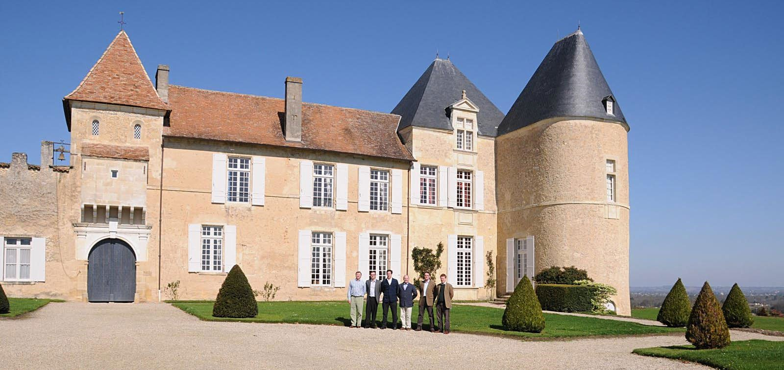Chateau-dYquem_bordeauxwinelocators.com_