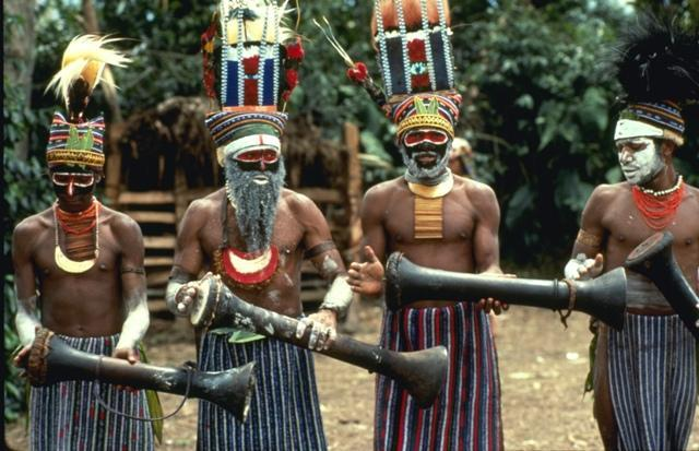 Old-timers_from_the_tribe_of_Aborigines
