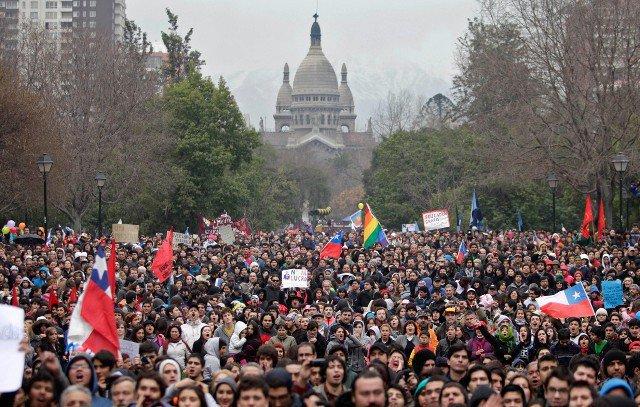 демонстрации протеста в Сантьяго